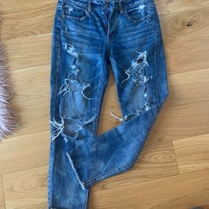 American Eagle Button Fly Distressed Tomgirl Jeans